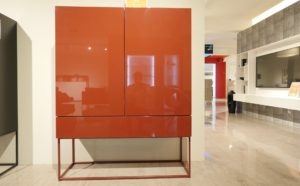 Kettnaker Highboard Mio-rot-frontal
