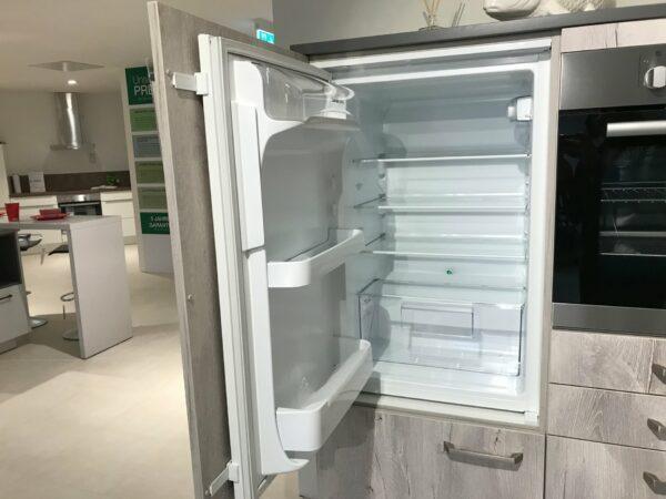 "Küchenblock ""BEEMV 1611"" - Zanker Kühlschrank"