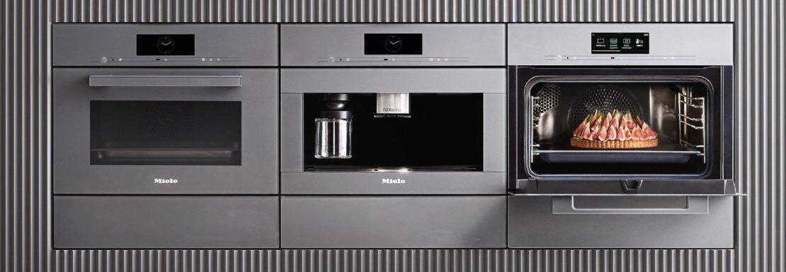 Küchen DICK-Ausstellung mit über 60 neuen Miele Geräten