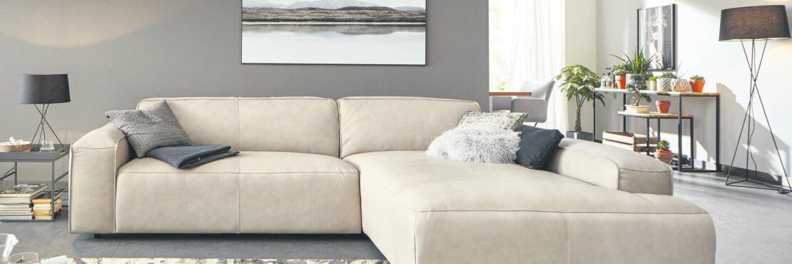 So machen Sie Ihre Couch zum Wohnzimmerhighlight