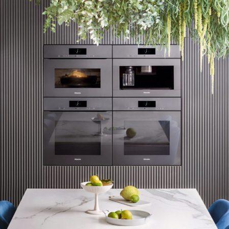 Neu: Küchen DICK-Ausstellung mit über 60 neuen Miele Geräten