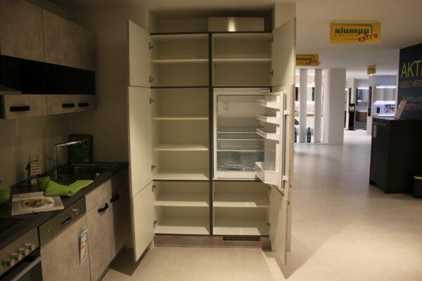 """Küchenblock """"B178209E1112"""" - Junker JC20GB20 Kühlschrank offen - Schrank offen"""
