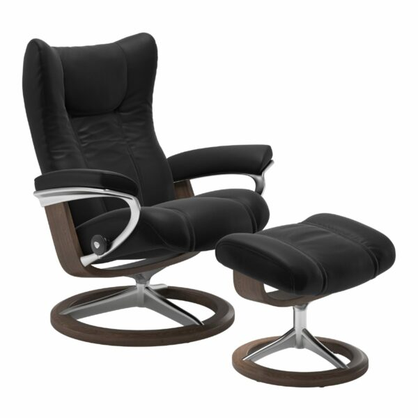 "Stressless ""Wing"" Sessel mit Hocker in Leder ""Paloma"" Black - Gestell Walnuss"
