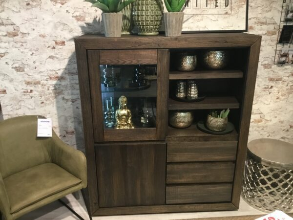 Styles United Davao Highboard - Standort Stockach