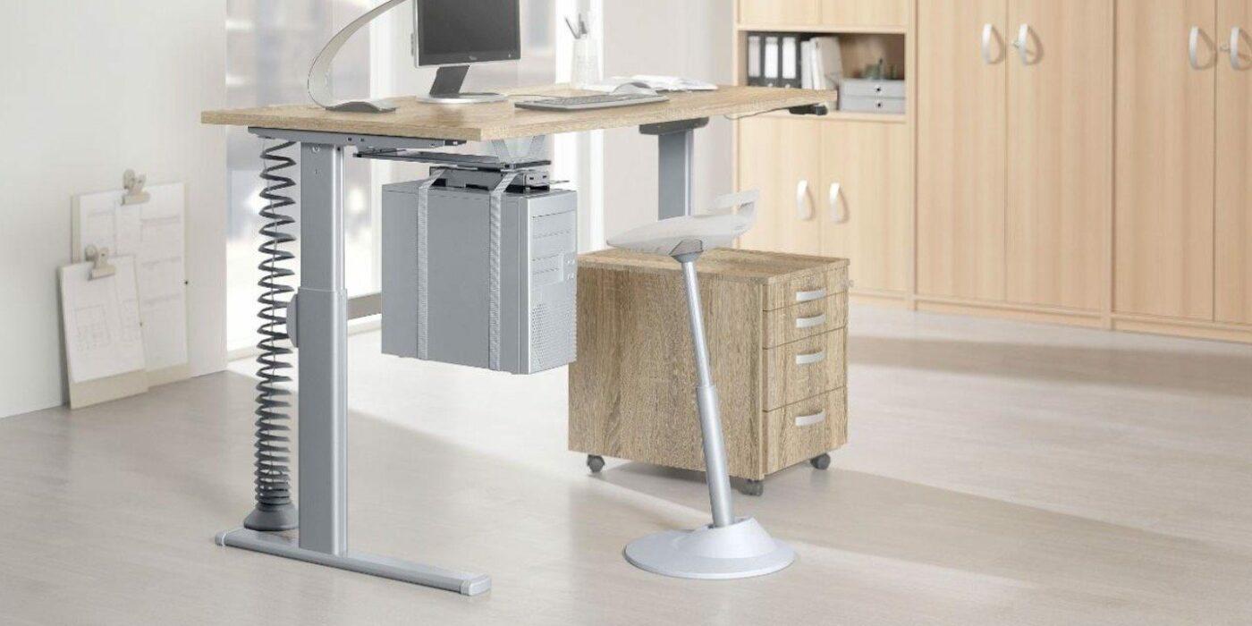 Beispiel für einen höhenverstellbaren Schreibtisch