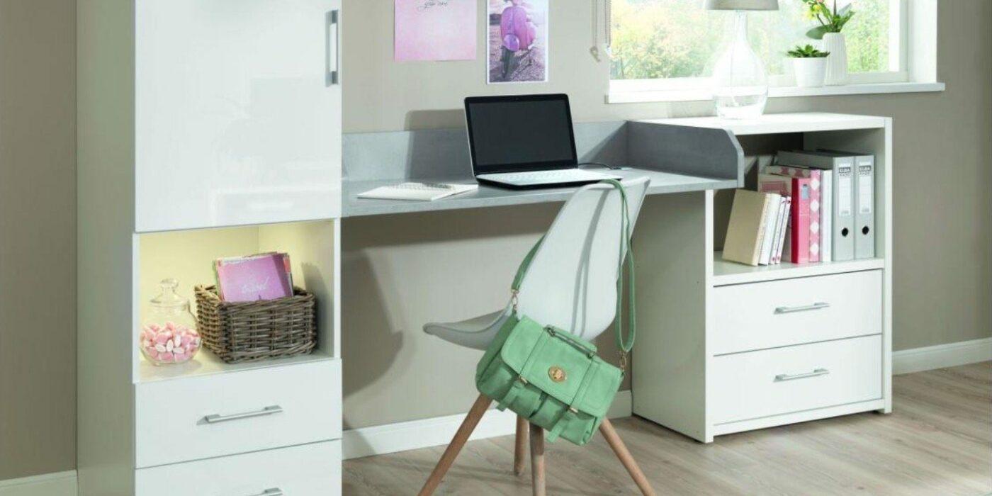 Platzsparender Schreibtisch in Wandmontage