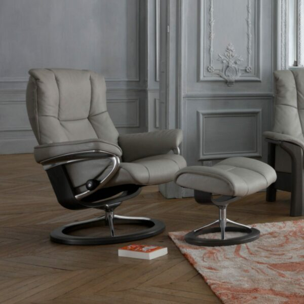 "Stressless ""Mayfair"" Sessel mit Hocker"