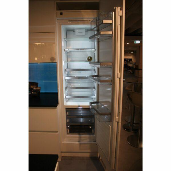 """Küchenblock """"BL501521"""" - Kühlschrank offen"""