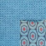 Webstoff Paris 21127 azure mit Rückenkissen Macao 03 hellblau.