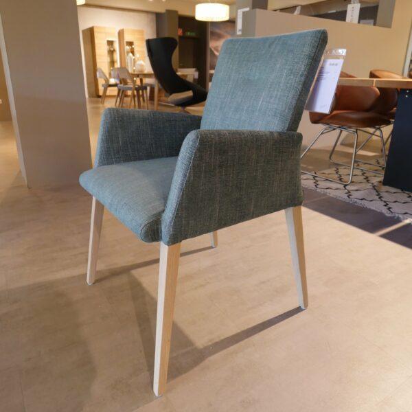 Musterring Piazza 8 Stühle - Stuhl mit Armlehnen, Bezug aus Textilgewebe grau-weiß