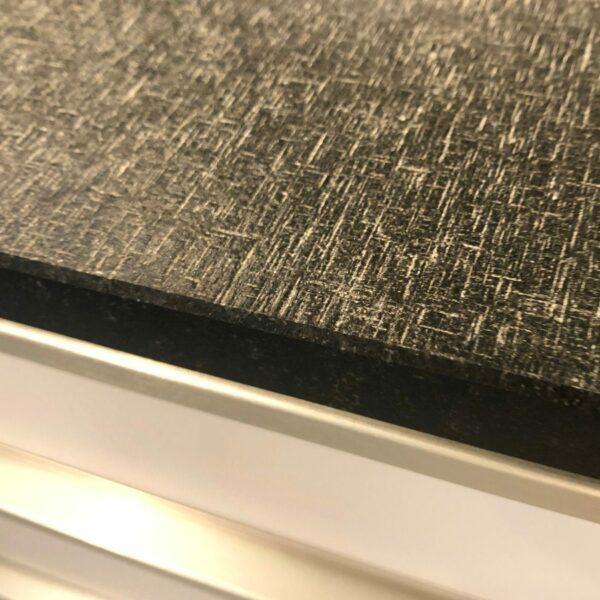 Alno Alnosara Anbauküche - Detail Arbeitsplatte