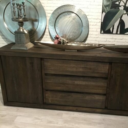 Styles United Davao Sideboard