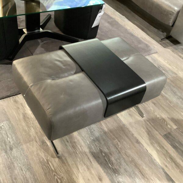Stressless Stella Sofa mit Hocker – Tisch auf Hocker