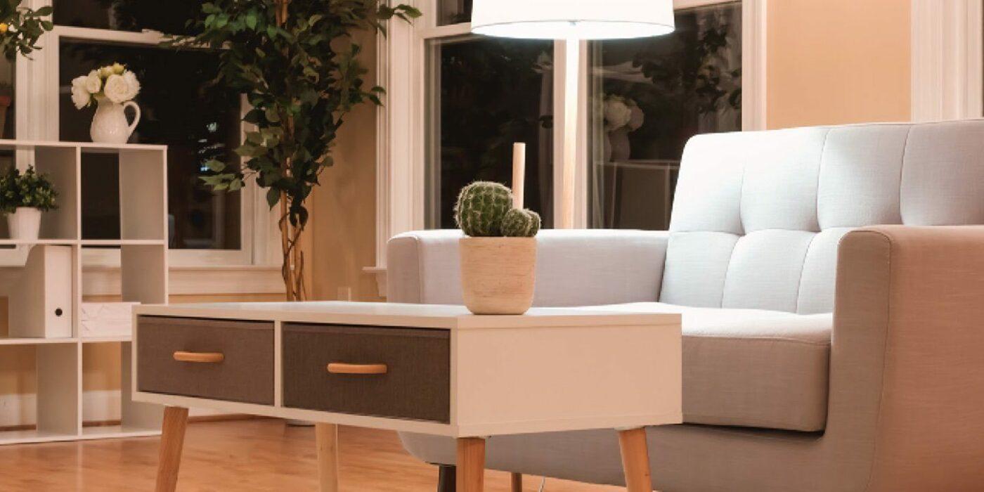 Sofa, Tisch, Regal im Mid Century Stil