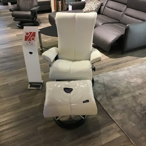 "Stressless ""Piano"" Sessel und Hocker"