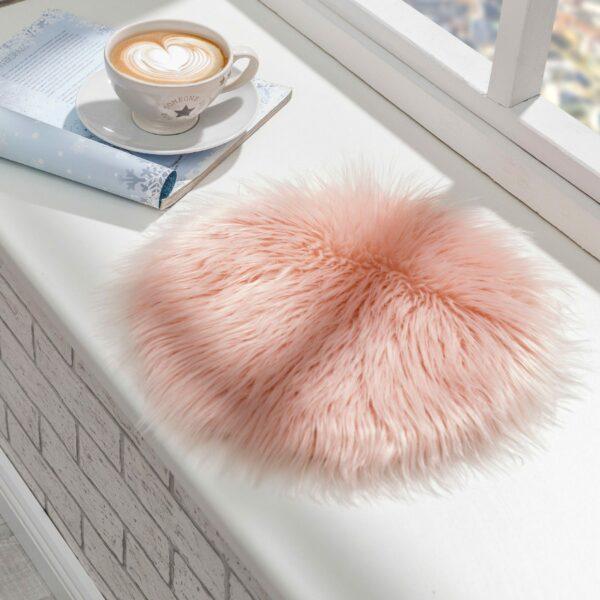 Astra Mia Sitzfell in Pink – Wohnbeispiel