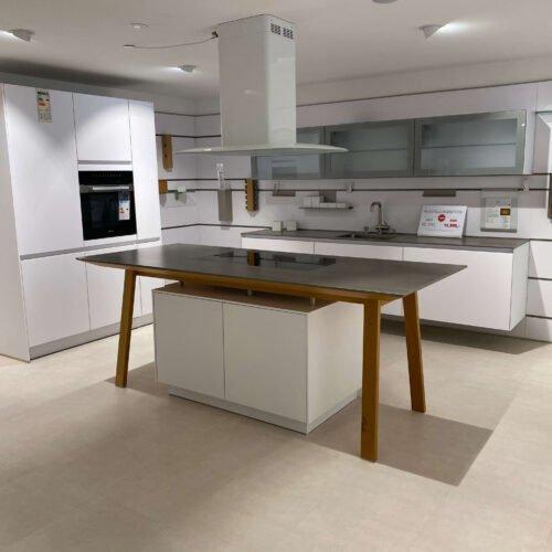 Schüller NX500 Einbauküche