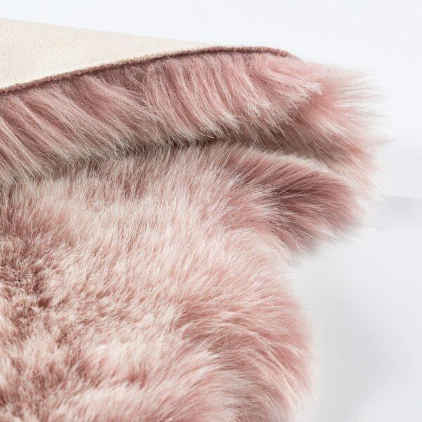 Astra Bella Schaffell-Form in Pink – Detail