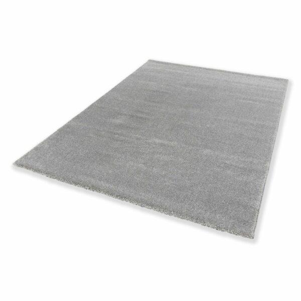 """Astra """"Pure"""" Teppich in der Farbe Silber in liegender Ansicht."""