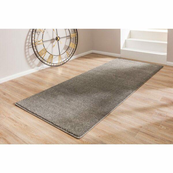 """Astra """"Samoa"""" Teppich in der Farbe Grau im Mileu."""