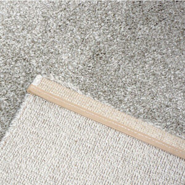"""Astra """"Samoa"""" Teppich in der Farbe Silber in Detailansicht."""