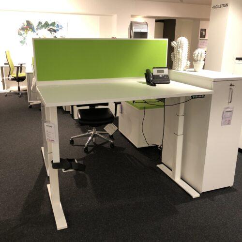 Nowy Styl eModel Schreibtisch