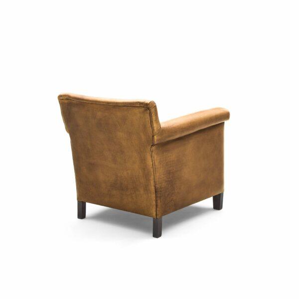 """WK Wohnen """"5002"""" Armlehnenstuhl mit Lederbezug Bufallo in der Farbe Light Brown glänzend in Rückansicht."""