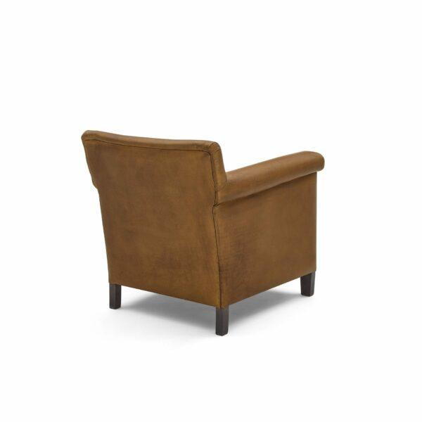"""WK Wohnen """"5002"""" Armlehnenstuhl mit Lederbezug Buffalo in der Farbe Light Brown matt in Rückansicht."""