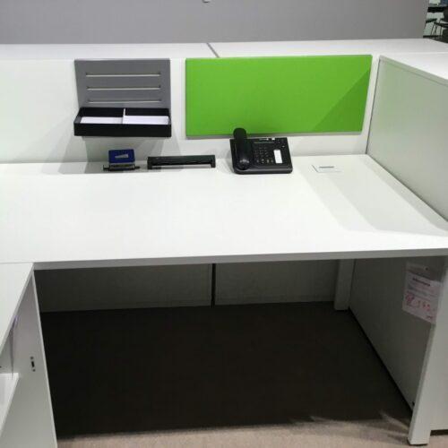SQart Schreibtisch mit Zubehör