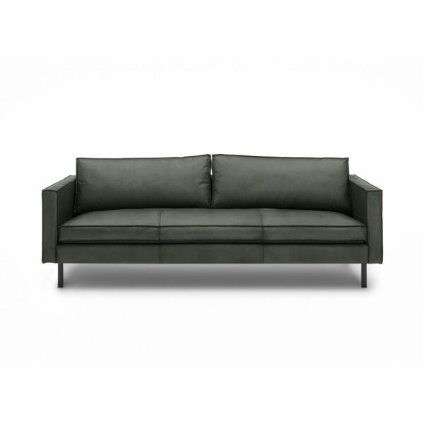 WK Wohnen Edition 6001 Sofa mit Bezug Leder Buffalo matt in der Farbe British Green in frontaler Ansicht.