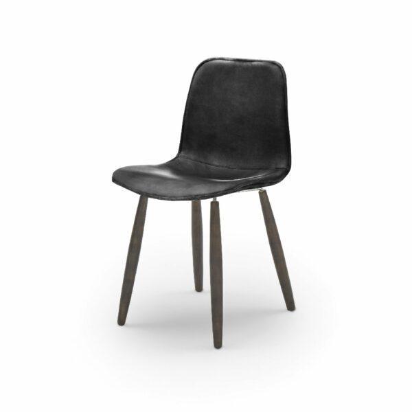 """WK Wohnen Edition """"7001"""" Esszimmerstuhl mit Bezug Leder Buffalo glänzend in der Farbe Black in seitlicher Ansicht."""