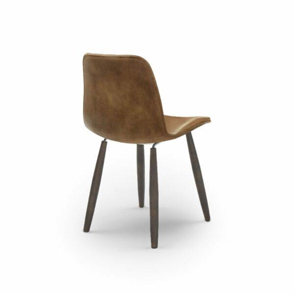 """WK Wohnen Edition """"7001"""" Esszimmerstuhl mit Bezug Leder Buffalo matt in der Farbe Light Brown in Rückansicht."""