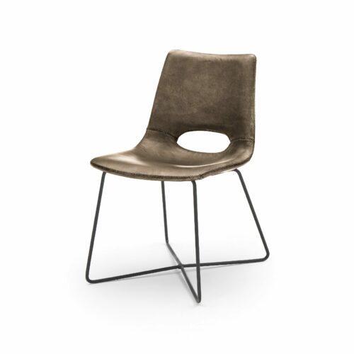 """WK Wohnen Edition """"7003"""" Esszimmerstuhl mit Bezug Leder Buffalo glänzend in der Farbe Lampre in seitlicher Ansicht."""