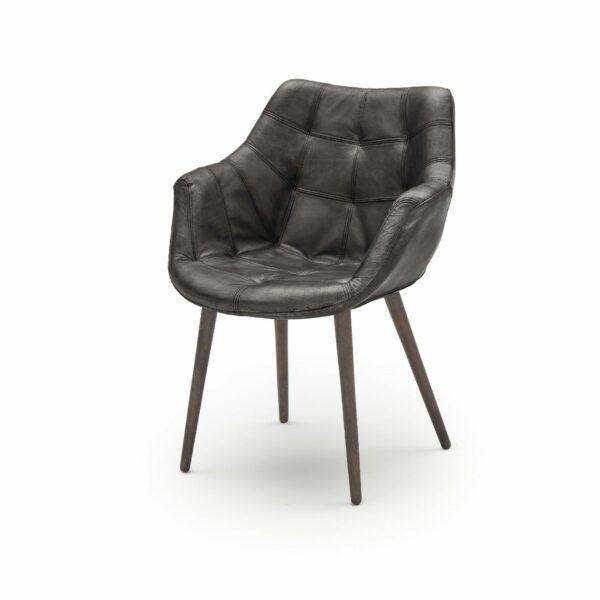 """WK Wohnen Edition """"7007"""" Armlehnenstuhl mit Bezug Leder Buffalo glänzend in der Farbe Black in seitlicher Ansicht."""