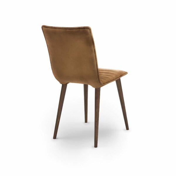 """WK Wohnen Edition """"7010"""" Esszimmerstuhl mit Bezug Leder Buffalo glänzend in der Farbe Light Brown in Rückansicht."""