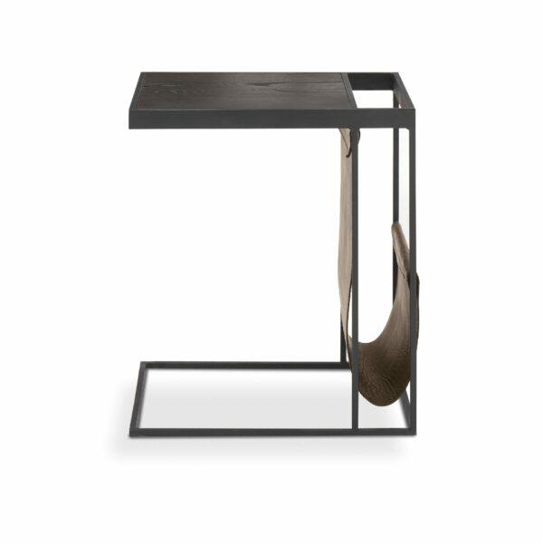 """WK Wohnen Edition """"9001"""" Beistelltisch mit Tischplatte Rustikal Oak Carbon und Lederbezug Lampre matt in frontaler Ansicht."""