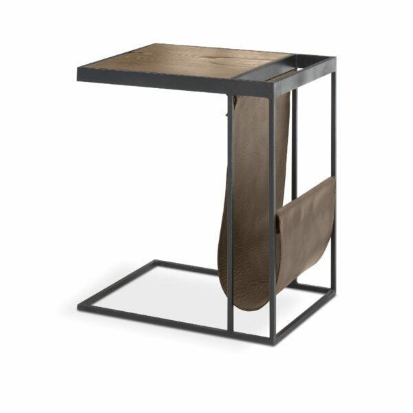 """WK Wohnen Edition """"9001"""" Beistelltisch mit Tischplatte Rustikal Oak Weathered und Lederbezug Lampre matt in seitlicher Ansicht."""