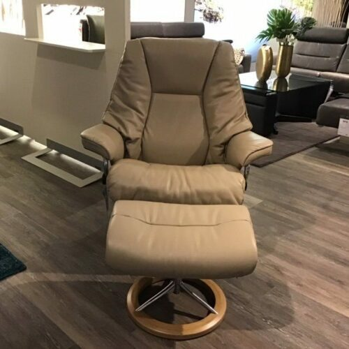 Stressless Live Sessel mit Hocker