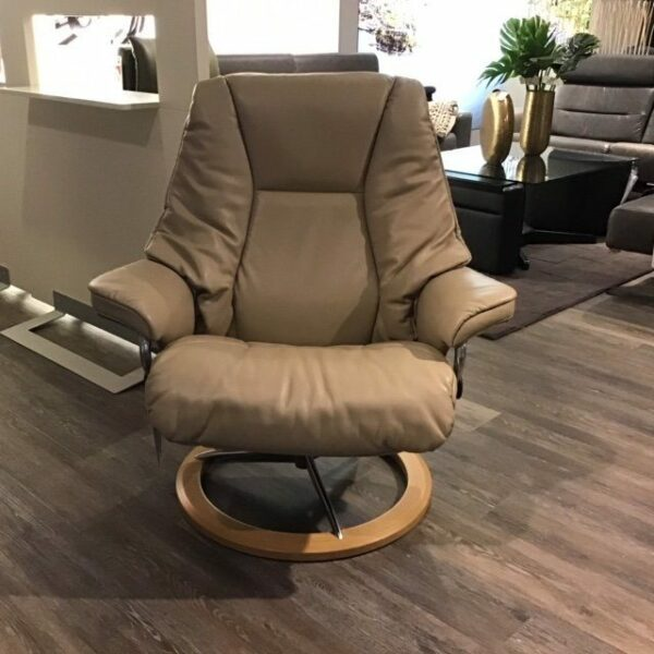 Stressless Live Sessel mit Hocker