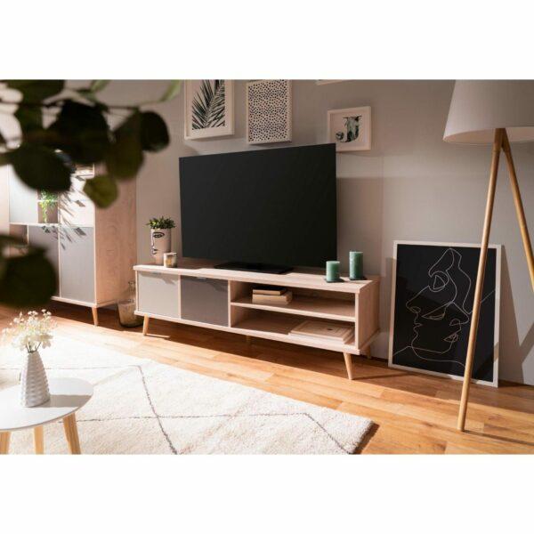 """Trendstore """"Fiemme"""" TV-Board – Wohnbeispiel"""