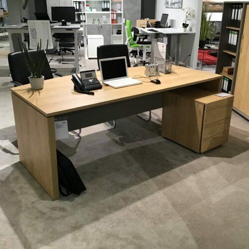 SQart Schreibtisch
