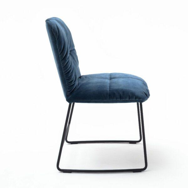 """Raum.Freunde """"Edvin"""" Stuhl ohne Armlehnen – Seitenansicht"""