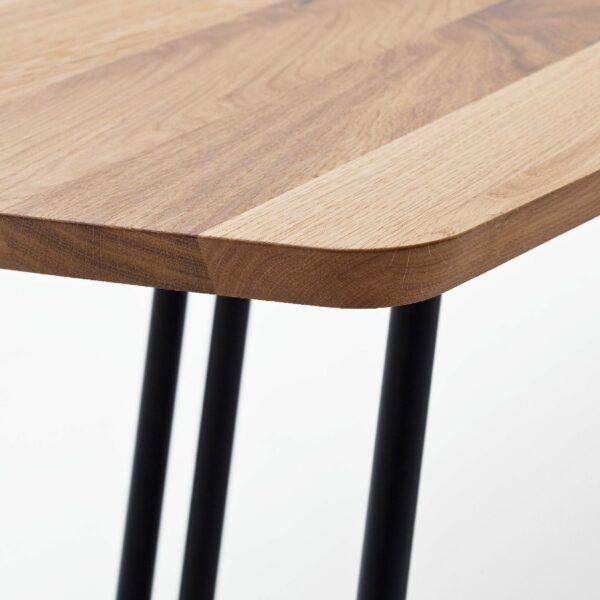 """Raum.Freunde """"Erik"""" Tisch oval – Detail Ecke"""
