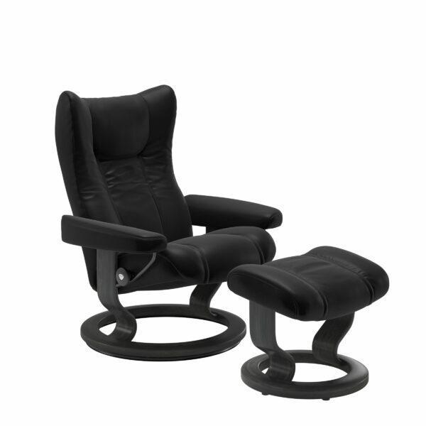 Stressless Wing Sessel Classic mit Hocker – Leder Batick Black und Untergestell Farbe Grau