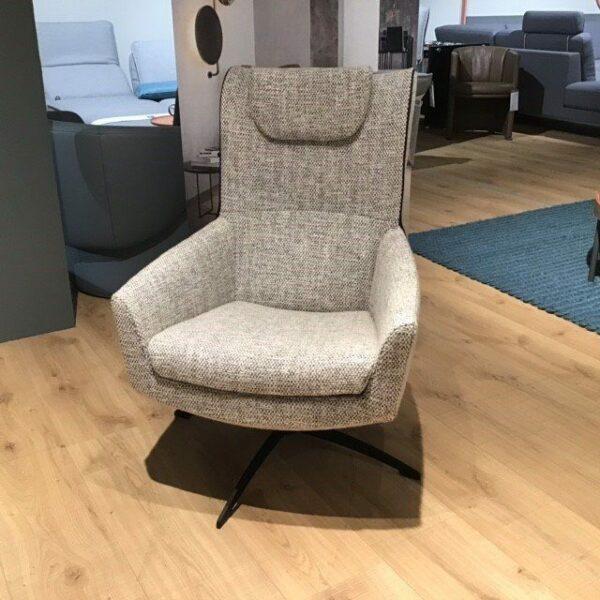 Jori Griffon Sessel mit Hocker