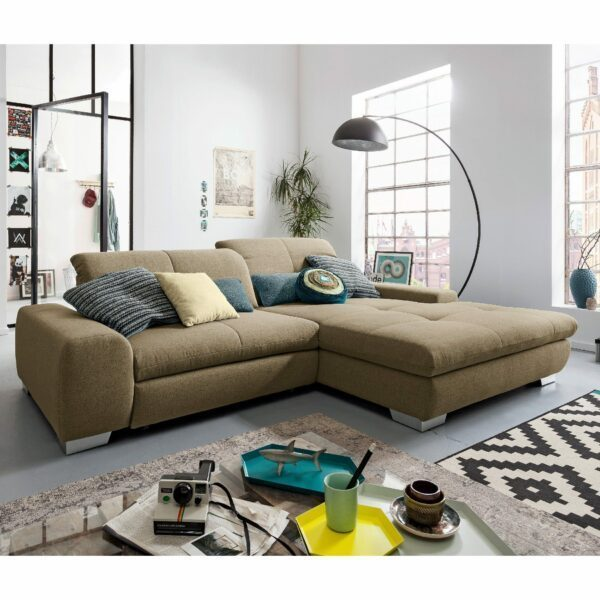 set one by Musterring Ecksofa SO 1200 in Pale Brown – Wohnbeispiel