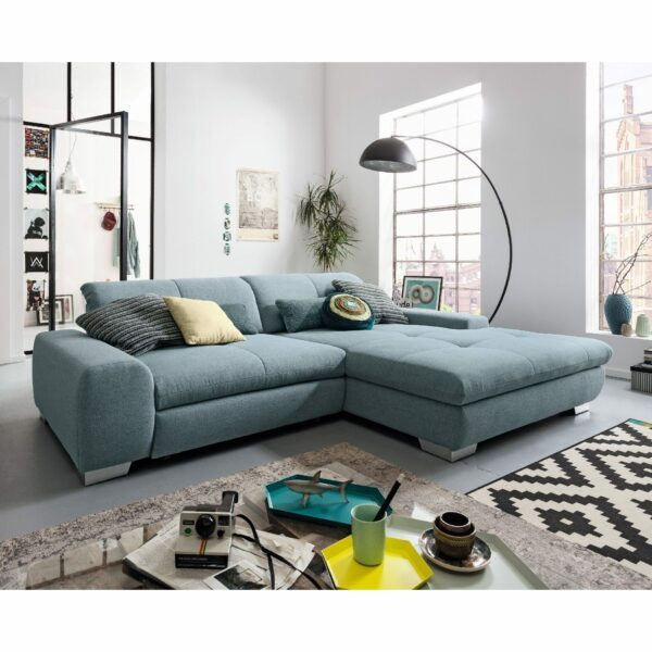 set one by Musterring Ecksofa SO 1200 in Pigeon Blue – Wohnbeispiel