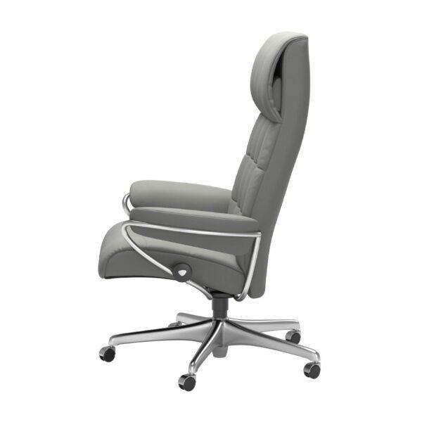 Stressless London Sessel High Back Home Office Untergestell Chrom und Bezug Leder Paloma Silver Grey – seitlich