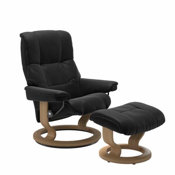 Stressless Mayfair Sessel mit Hocker – Bezug aus Leder Paloma Black mit Classic Untergestell in der Holzfarbe Eiche