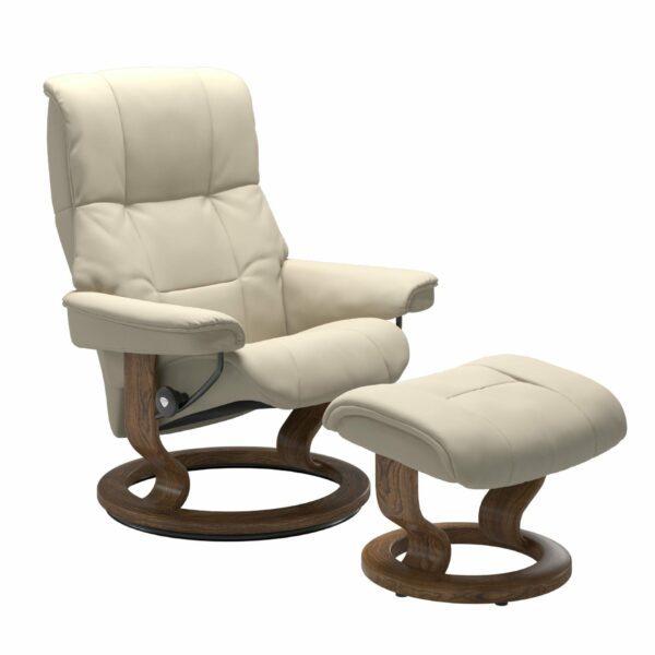 Stressless Mayfair Sessel mit Hocker – Bezug aus Leder Batick Cream mit Classic Untergestell in der Holzfarbe Teak